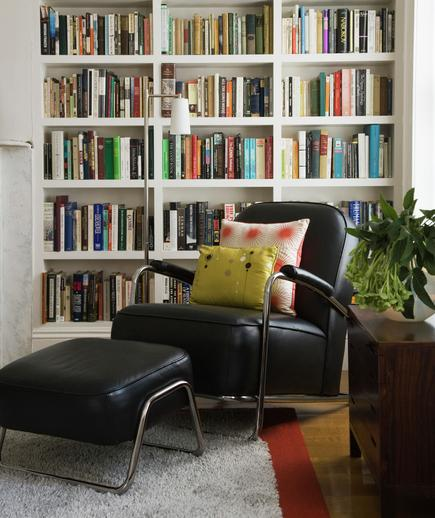 bookshelves-armchair_gal